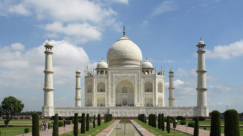 El Taj Mahal, una de joya de arte asiático que es una de las maravillas del mundo